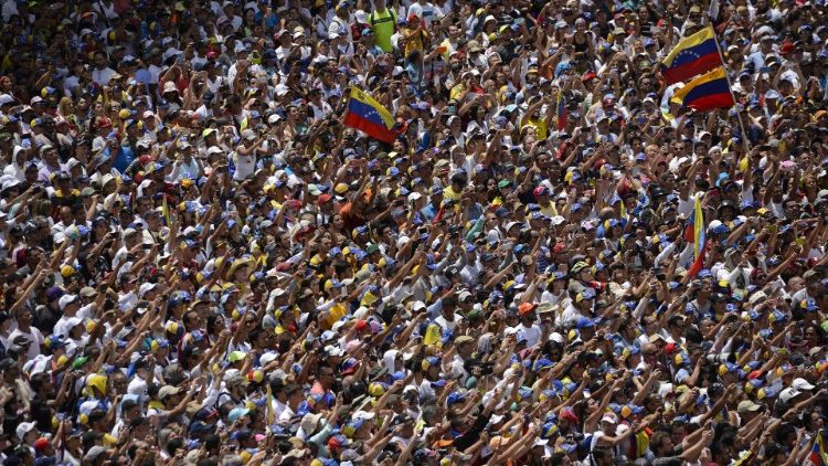 Rally in Caracas, upon Juan Guaido's return