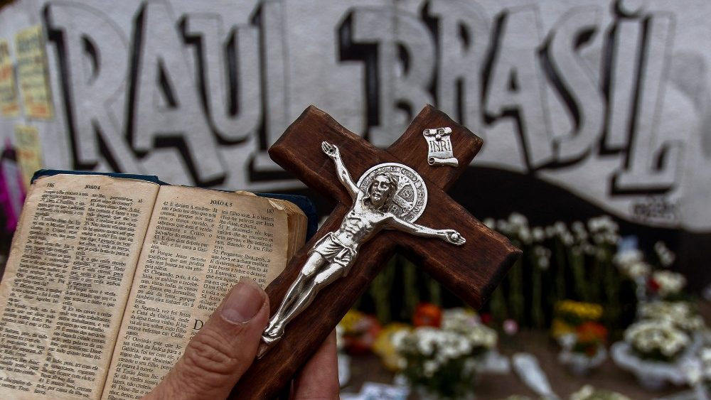 brazil-crime-shooting-school-1552573551784.jpg