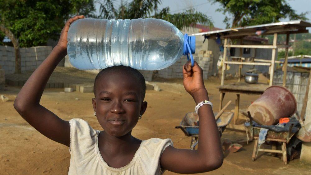 """Papa en la FAO: """"combatir la falta de alimento y de acceso al agua potable en el mundo""""."""