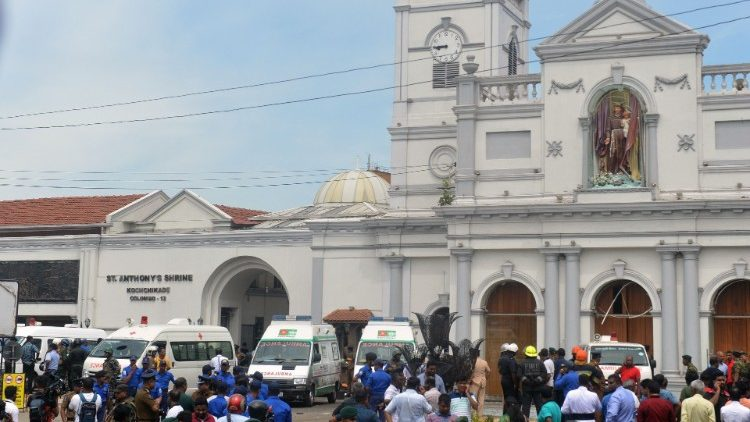 sri-lanka-bombings-church-hotel-1555824532501.jpg