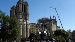 france-heritage-notredame-architecture-1556281510605.jpg