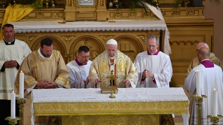 Pope during Holy Mass in Rakovsky