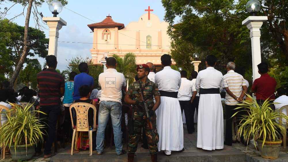 topshot-sri-lanka-attacks-religion-1557476634162.jpg