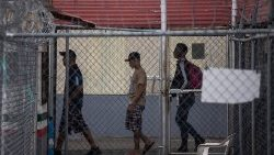 Central American migrants wait to be granted asylum on the Mexico-Guatemala border