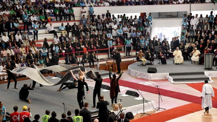 Youth perfoms in front of Pope Francis during the Interreligious meeting with the Youth