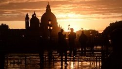 TOPSHOT-ITALY-WEATHER-VENICE