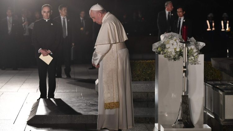 Pope at Peace Memorial Park in Hiroshima