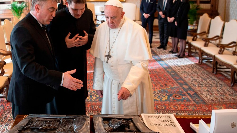 VATICAN-BOSNIA AND HERZEGOVINA-POPE-POLITICS-DIPLOMACY-RELIGION