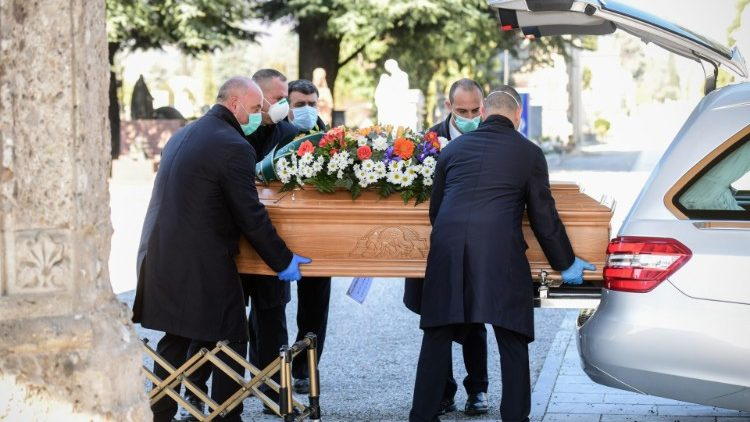 ITALY-HEALTH-VIRUS-FUNERAL