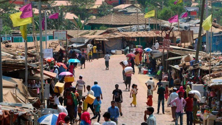 Bangladesh: campo profughi Rohingya