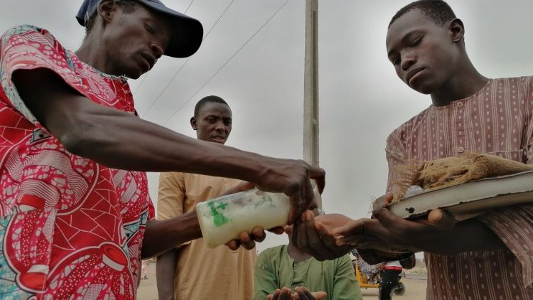NIGERIA-HEALTH-VIRUS-CONFLICT-DISPLACED
