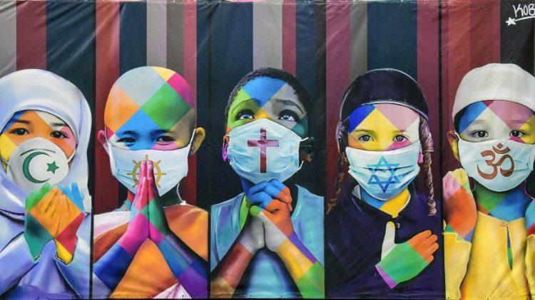 Mural de grafite do artista Eduardo Kobra em homenagem às vítimas do coronavírus, Itu, São Paulo