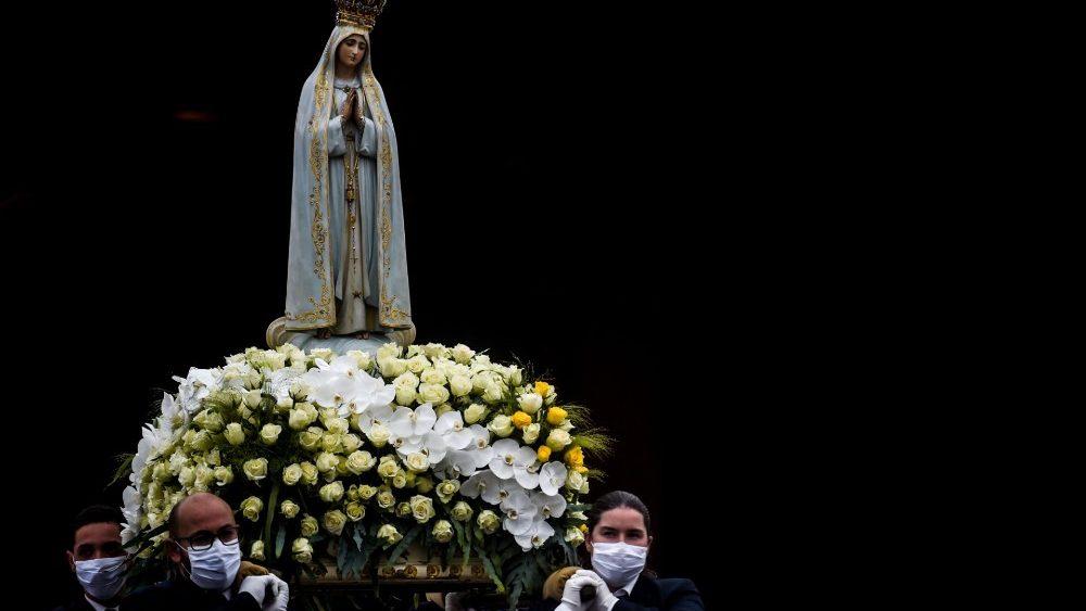 La statue de Notre-Dame de Fatima