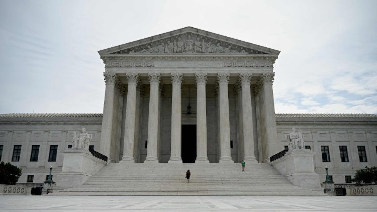 US-POLITICS-COURT-RIGHTS