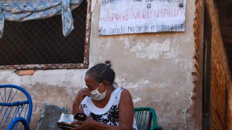La pobreza aumenta en las periferias de Asunción, Paraguay.
