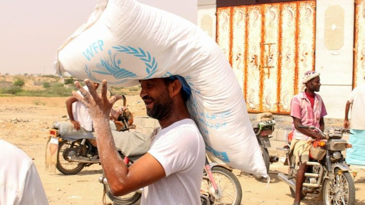 WFP food aid being distributed in Yemen.