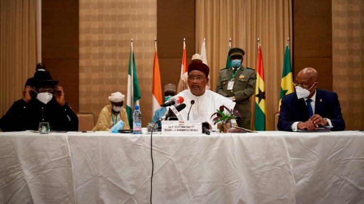 Riunione della CEDEAO intervenuta per risolvere la crisi in Mali - Bamako
