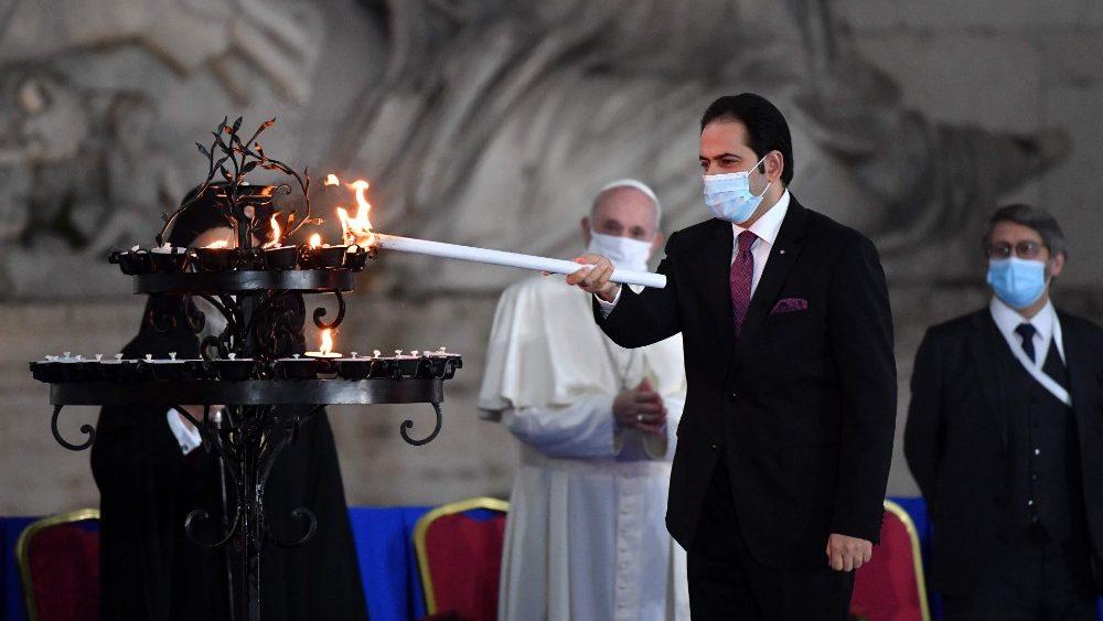 El juez Abdelsalam, con el Papa Francisco