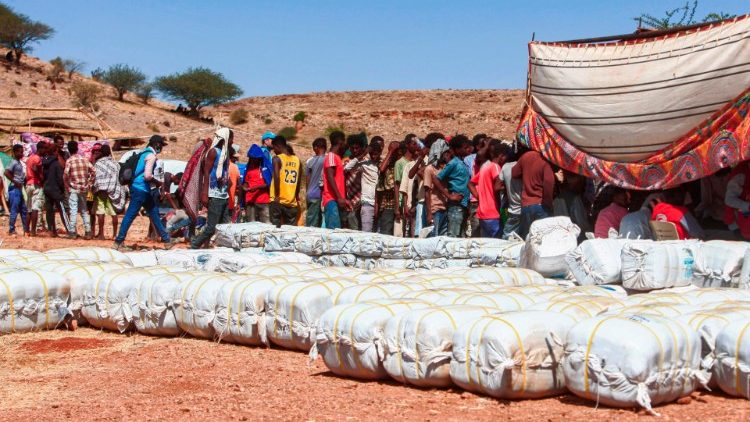 Refugees flee into Sudan from Tigray
