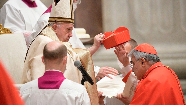 Il cardinale Semeraro: affido la mia porpora a Paolo VI