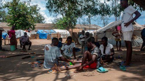 Mozambico, allarme per oltre 500mila sfollati interni