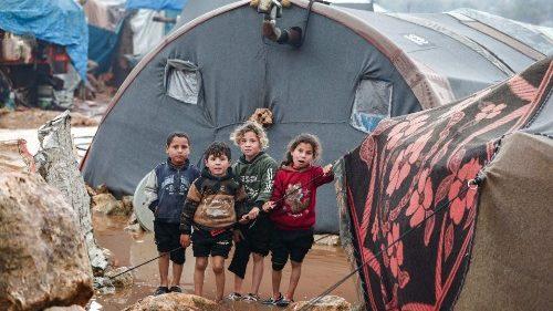 Siria: bambini derubati del futuro, due milioni di minori senza scuola e istruzione