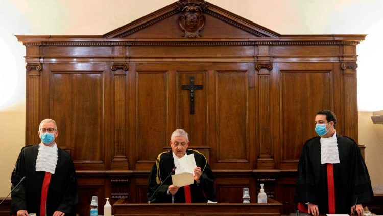 FILES-VATICAN-TRIAL-BANKING