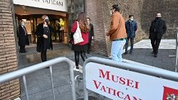 VATICAN-HEALTH-VIRUS-MUSEUM-CULTURE-HERITAGE-TOURISM