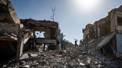 Appello del Papa per la Siria: il mondo aiuti con decisione a risolvere la crisi