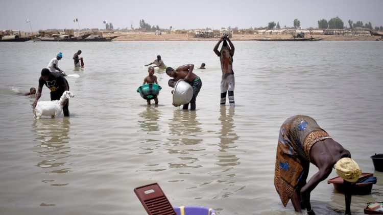 Women in Mali whose livelihood is threatened by climate change