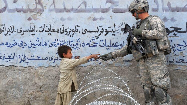 US announces troop withdrawal from Afghanistan - Vatican News