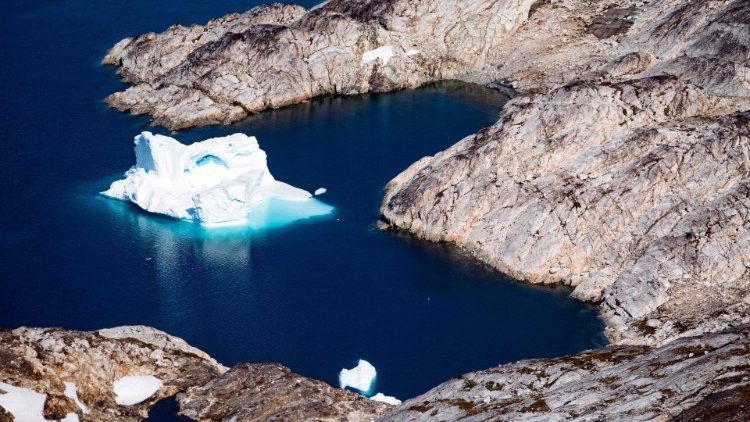 Un iceberg flottant au Groenland, en août 2019.