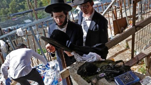Scores dead in stampede at Jewish festival in Israel