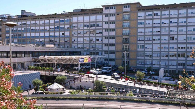 L'hôpital Gemelli de Rome, où séjourne le Pape François.