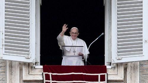 VATICAN-HEALTH-VIRUS-RELIGION-POPE-ANGELUS