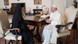 Pope Francis meets with Greek Orthodox Patriarch of Jerusalem