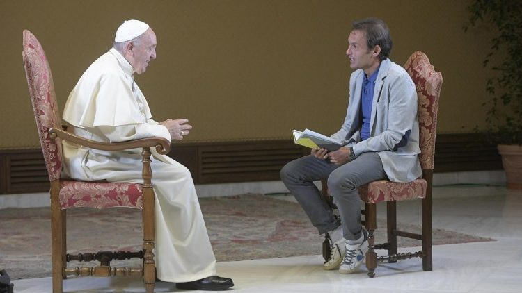 Papa Francisco en entrevista para TV2000