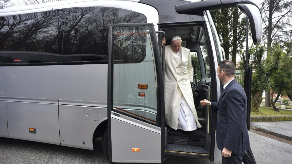 pope-francis-arrives-at-casa-del-divin-maestr-1518974879006.jpg