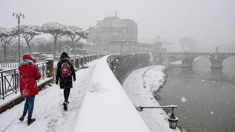 weather--rome-under-snow--1519634007032.jpg