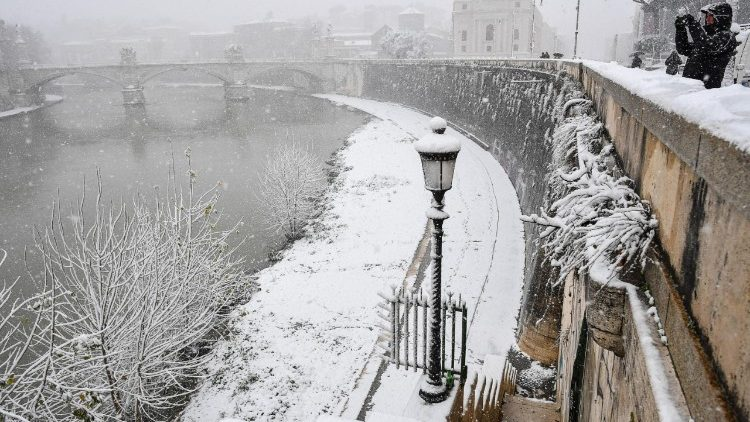weather--rome-under-snow--1519634007822.jpg