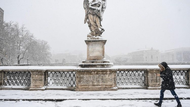 weather--rome-under-snow--1519634008585.jpg