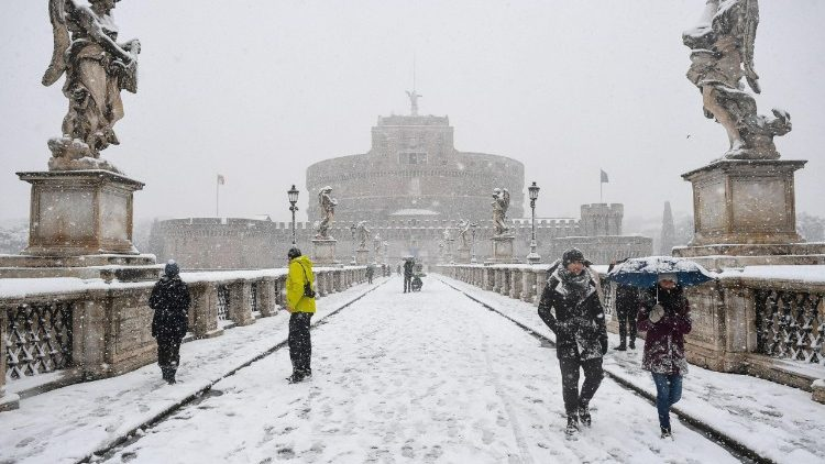weather--rome-under-snow--1519634009389.jpg