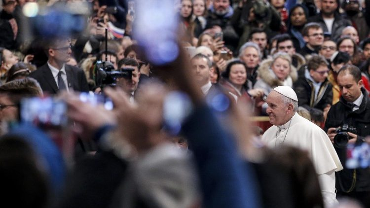 vatican-pope-audience-1519816699436.jpg