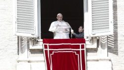 pope-francis-during-the-angelus-prayer-1521374295432.jpg