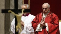pope-francis-celebrates-the-lord-s-passion-1522429391185.jpg