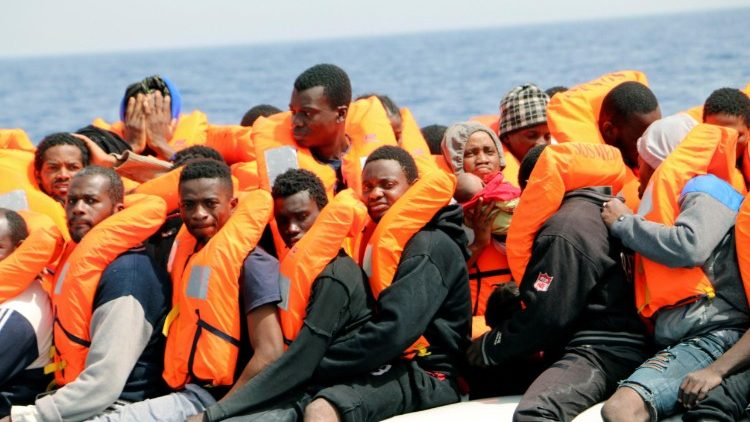Humanitarian organizations rescue more than 250 people off Libyan coast