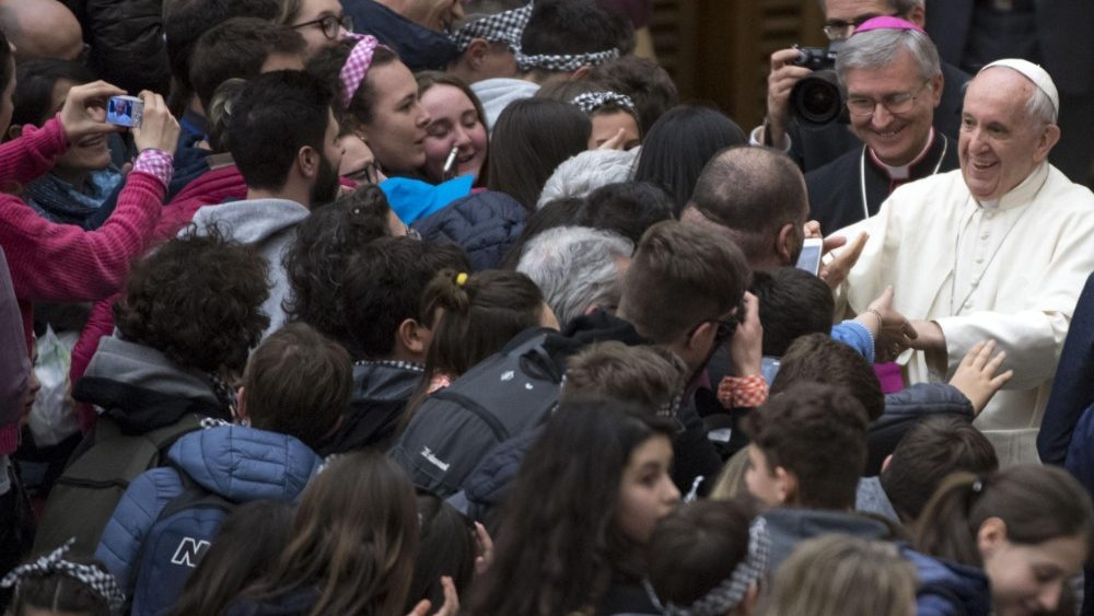 pope-francis--audience-1523102302907.jpg