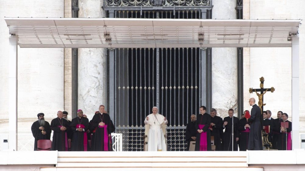 pope-francis--general-audience-1525853895235.jpg
