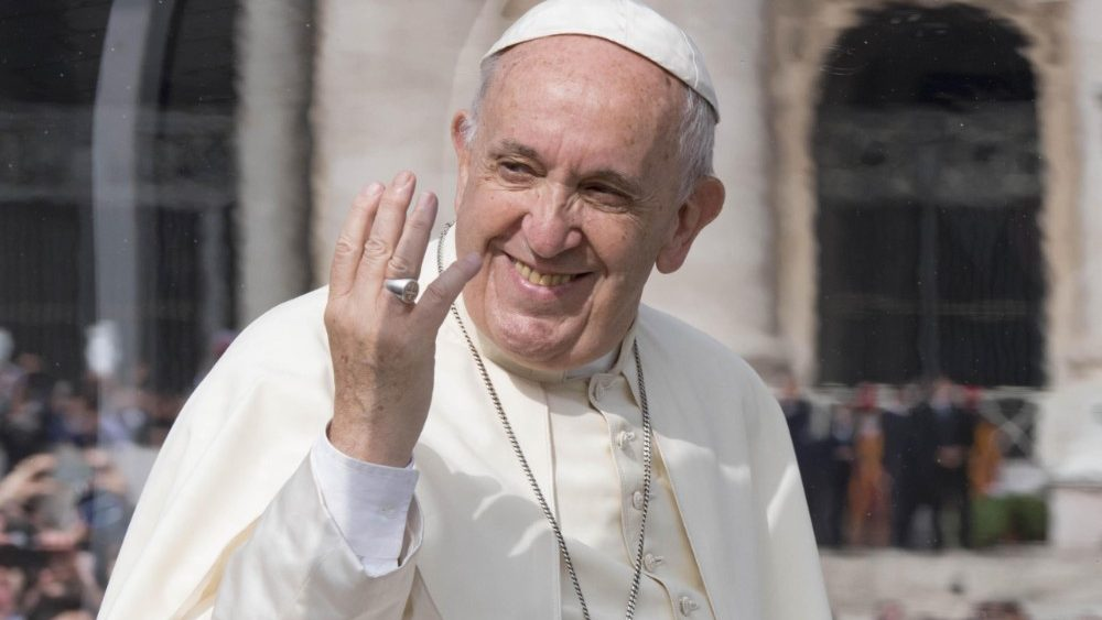 pope-francis--general-audience-1525853900501.jpg