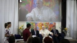 pope-francis-at-the-scholas-occurrentes-organ-1526052796783.jpg